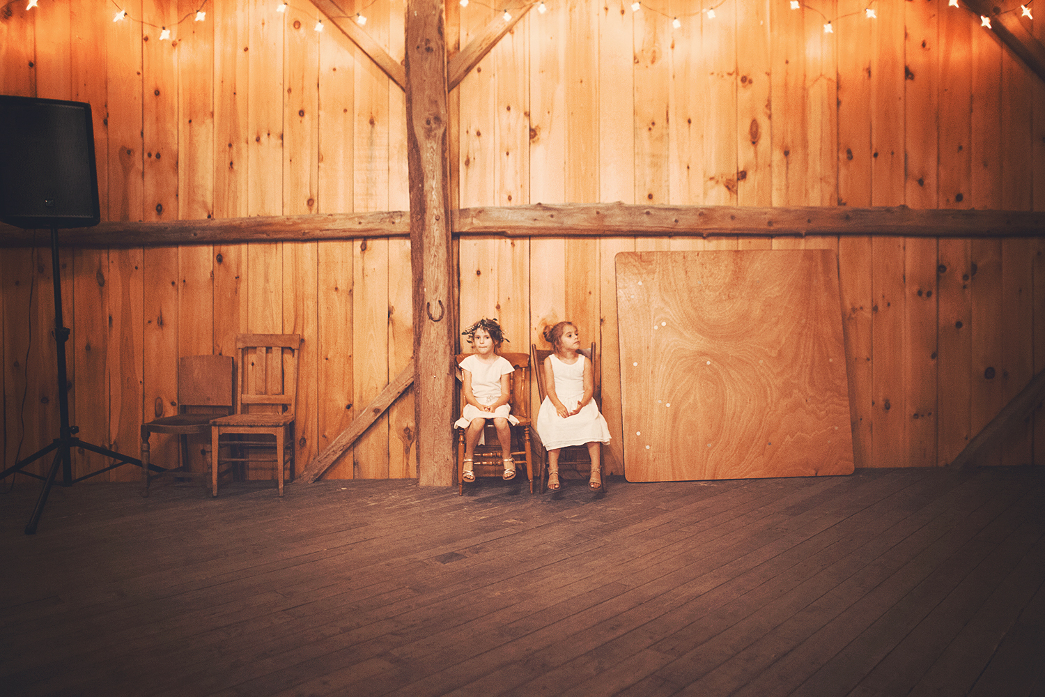 Vanessa_Paxton_Farm_Wedding_095